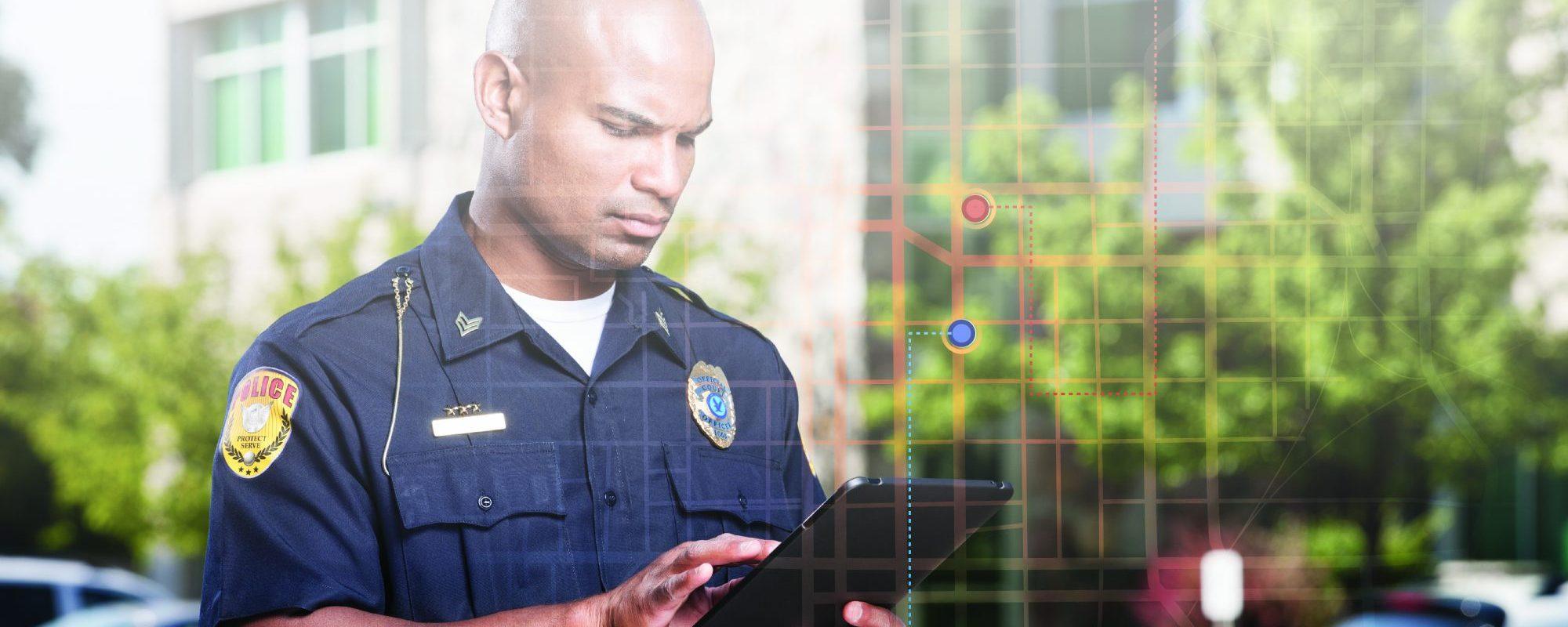 Public Safety cop using AVL